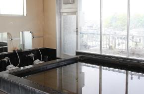 大浴槽展望風呂の準天然温泉